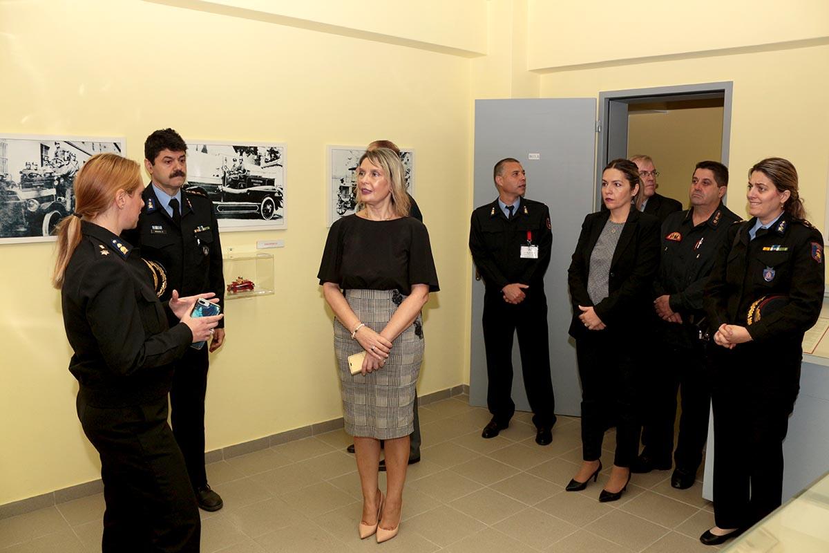 Επίσκεψη της Υφυπουργού Προστασίας του Πολίτη στο Πυροσβεστικό Μουσείο